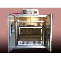 Buy Small Setter And Hatcher Machine