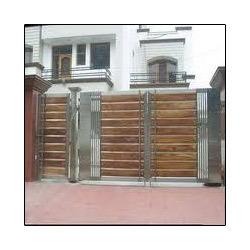Compact Size Designer Gate