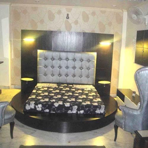 round double bed buy in new delhi
