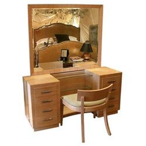 Wooden Dressing Table. Wooden Dressing Table buy in Vapi