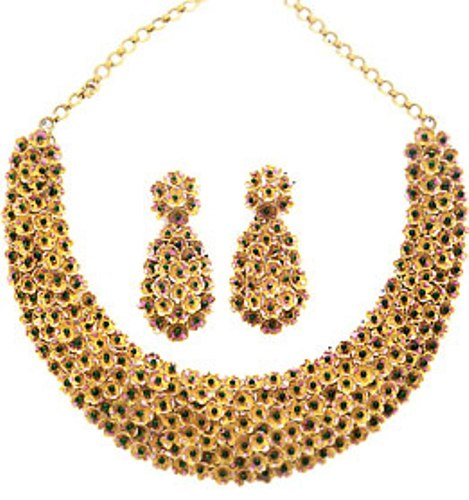 Gold Necklace Image Wi...