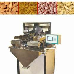 Dry fruits packaging machine: semi automatic weigh feeder