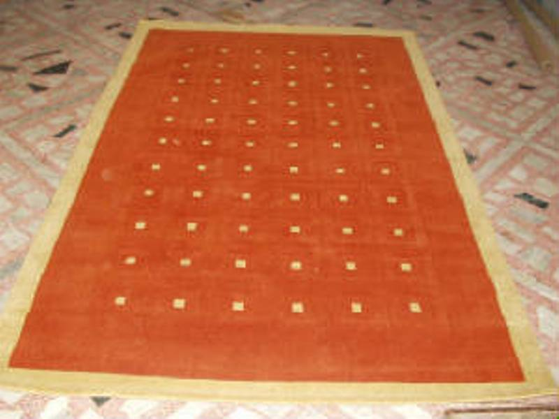 Hand Loom Rugs In Indian Wool