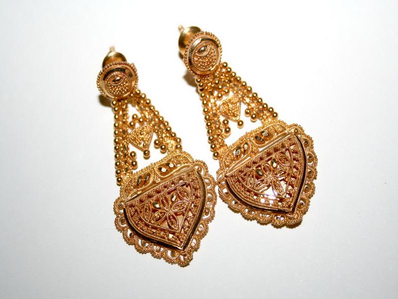 Gold Earrings buy in Chennai