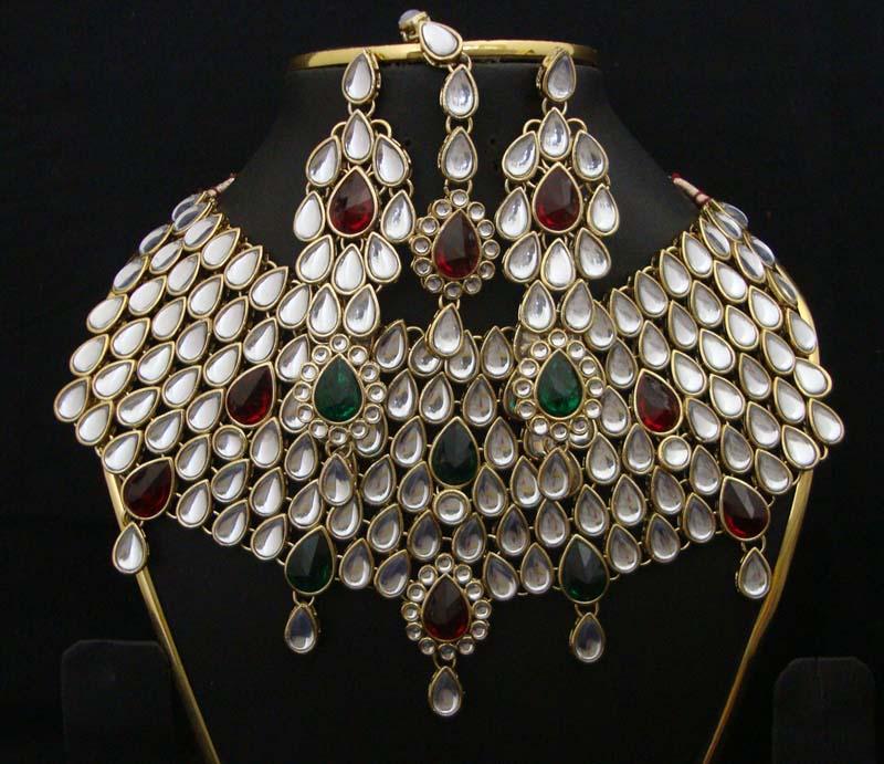 Indian Handicrafts Buy In New Delhi