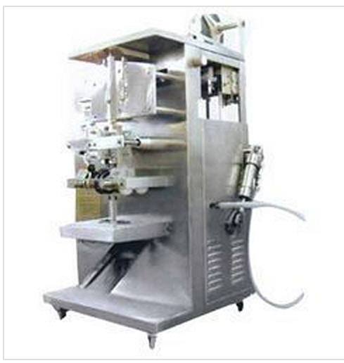 Buy Liquor Packing Machine