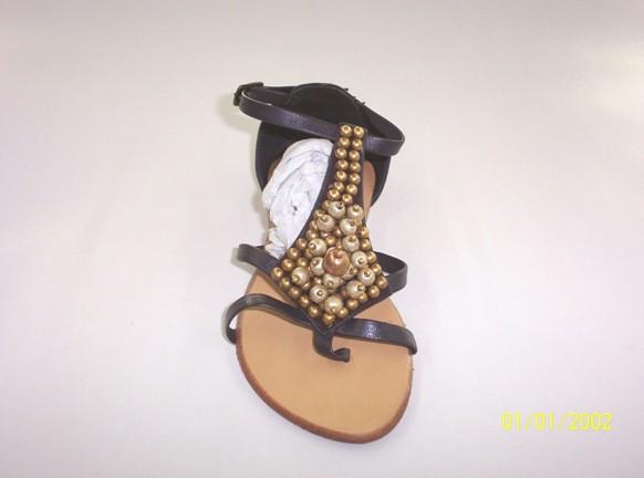 Купить Детская обувь (окропляют росой тунгового ребенка),