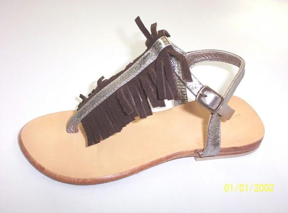 Купить Детская обувь (приемный избавленный тонг)
