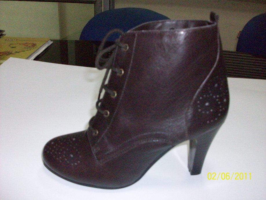 Купить Ботинки для женщин (100_3529)