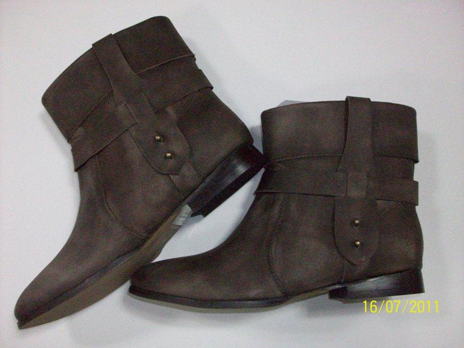 Ботинки для женщин (100_3655)