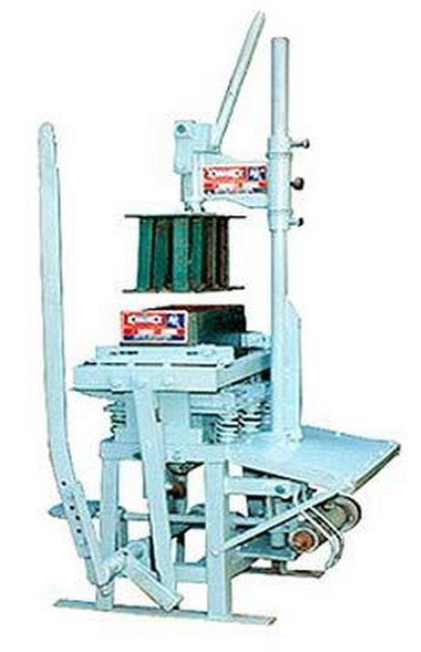 Buy Stationary Type Single Block Making Machine