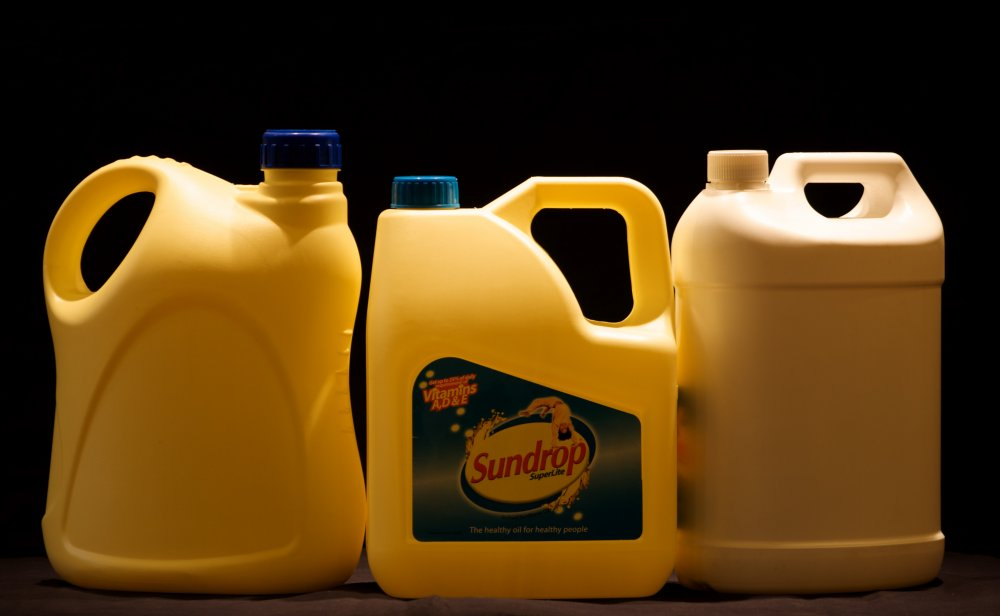 Buy Edible Oil Cans