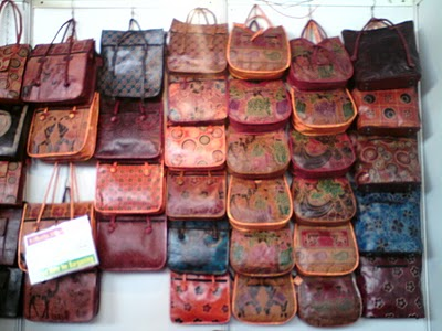 LEATHER BAGS buy in Kottayam d1715a5e0443