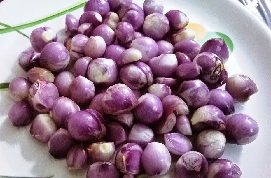 Buy Peeled sambar onion