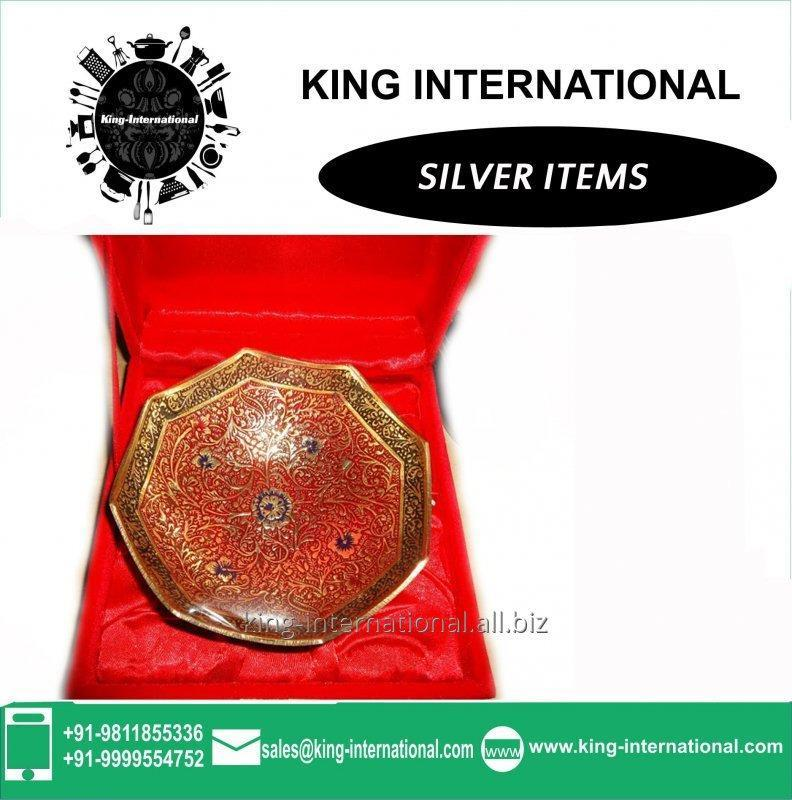 Buy Brass Golden Bowls Set of 1 pcs in Red Velvet Box