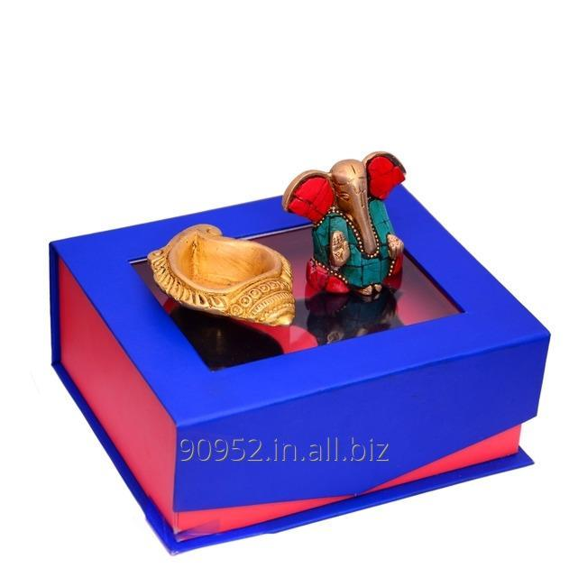 India Tradition Gift Hamper In Brass: Gem-stone Ganesha And Shell Shaped Oil Lamp Diya