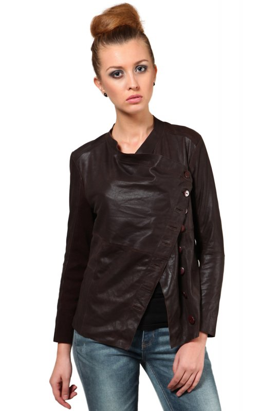 Classy Leather Jacket in brown color