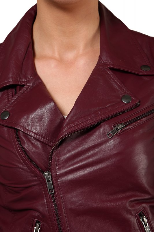 Leather jacket in port royal color