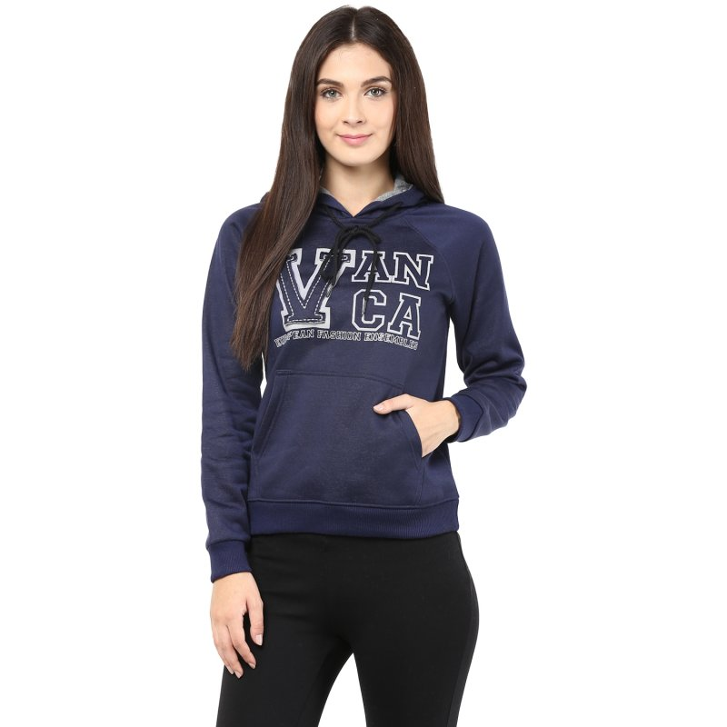 Ooded Sweatshirt In Navy Blue Color With V Patch