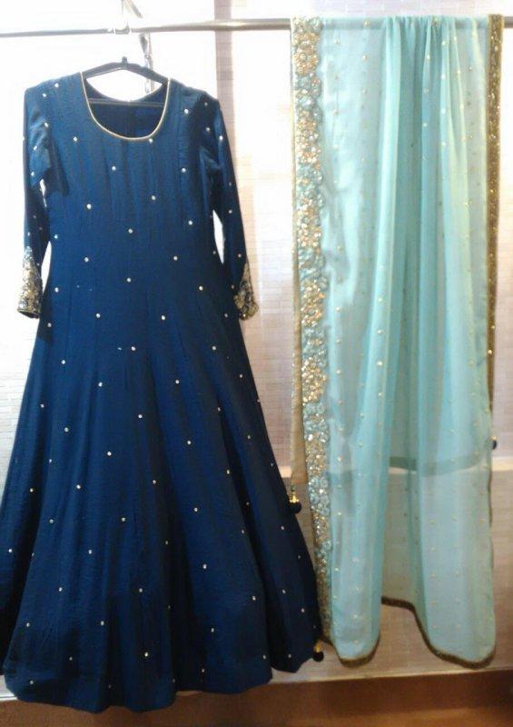 Buy Crystal dubka spread Blue Color Gown