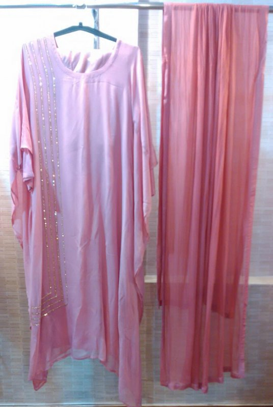 Buy Crystals stitched on one side Three pieces kaftan set