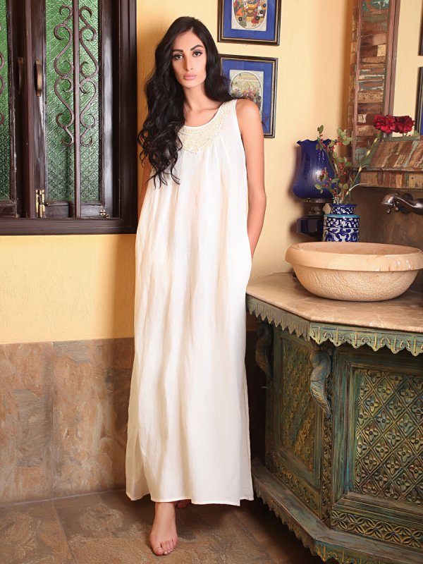 Buy Elina Massi Off white linen Maxi Dress