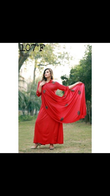 Купить Indowestern красного цвета ручной работы motfis платье