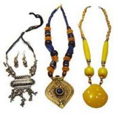 Artificial Jewelery