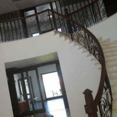 Iron Rod Round Staircase