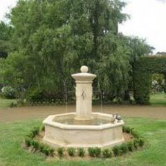 Bordeaux Fountains