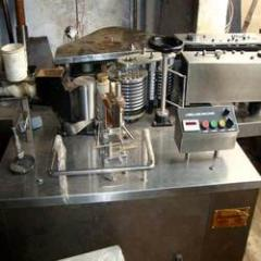 Inline Labeling Machine