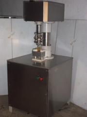 Semi Capping Machine
