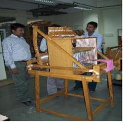 Textile equipment - Table loom with stand