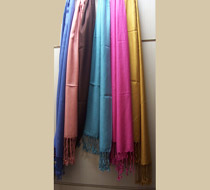 Rayaon Solid Shawl With Fringes