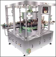 Rotary type labelling machine