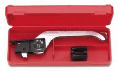 Cable sheath cutter