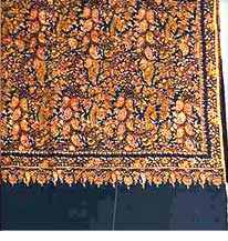 Hand woven pashmina shawls