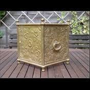 Brass Handicrafts-Flower Case