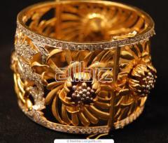 Beaded artificial jewellery