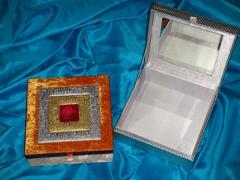 Designer jewelry boxes