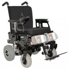 Rigid frame electric wheelchair