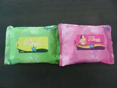 Extra Soft Refreshing Wet Wipes in different