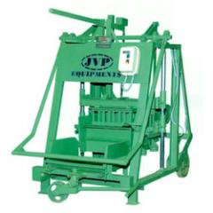 Hand operated mobile vibrator machines