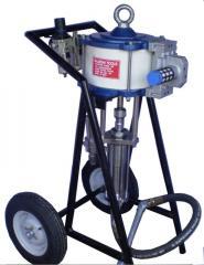 Plural component sprayer