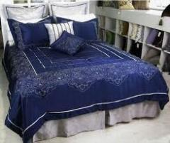Polyester bed linen