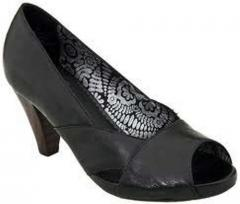 Lady's Formal Shoes