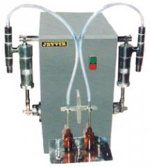 Semi Automatic Twin Head Volumetric Liquid Filling