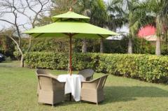 Garden & Poolside Umbrellas