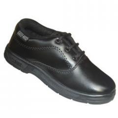 Boy's black uniform shoe
