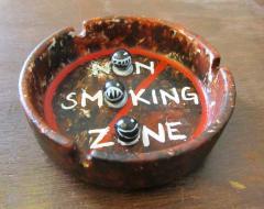 Ash Tray, Non Smoking Zone